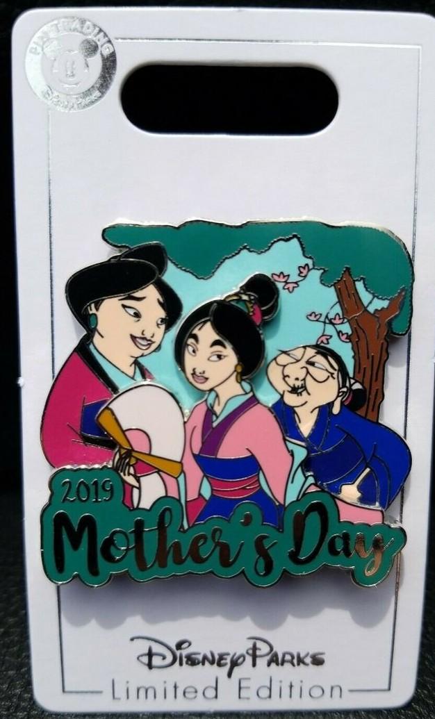 Mulan,  Fa Li and Grandmother