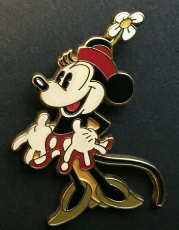 Pie-Eye Classic Minnie Mouse